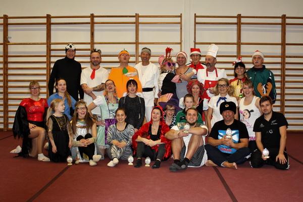 1. IMG 1115 Die Weihnachtsturngemeinde