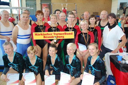 1 Die erfolgreichen Teams beim Deutschlandcup der Senioren 2017 in Einbeck