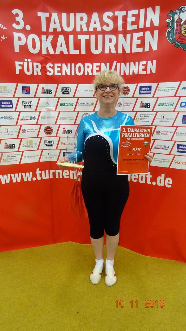 2 Rudolf Trautmann Tini Trautmann erturnte ihren 3. Taurasteinpokal in Folge