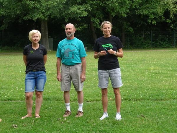 3 Tini Trautmann Eröffnungdurch A. Schellenberger R. Trautmann und A. Trautmann v