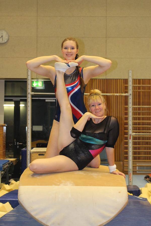 4 Verein Archivbild Yvonne Schemel und Annekatrin Petzold